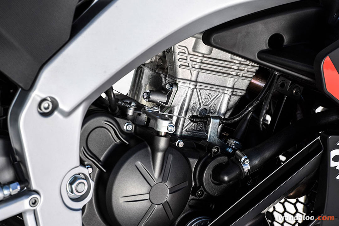 https://moto.wandaloo.com/files/Moto-Neuve/aprilia/APRILIA-RS-125-Replica-GP-Neuve-Maroc-04.jpg