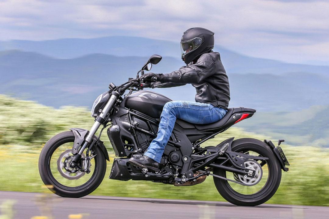 https://moto.wandaloo.com/files/Moto-Neuve/benelli/Benelli-502C-Neuve-Maroc-01.jpg
