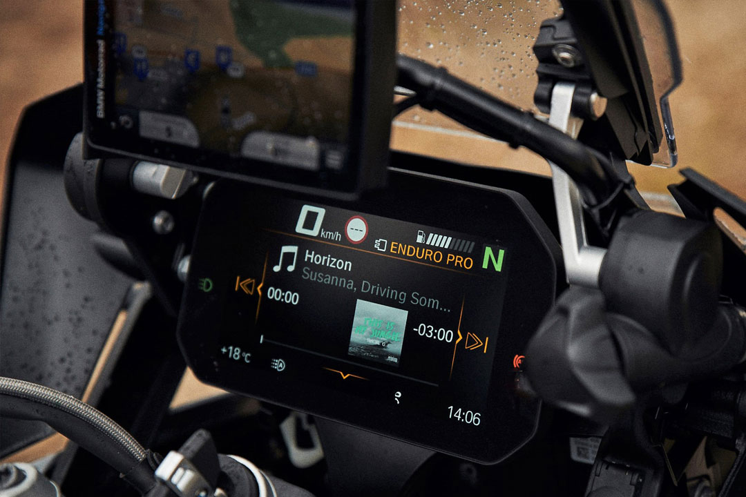 https://moto.wandaloo.com/files/Moto-Neuve/bmw/BMW-R-1250-RS-2020-Neuve-Maroc-03.jpg