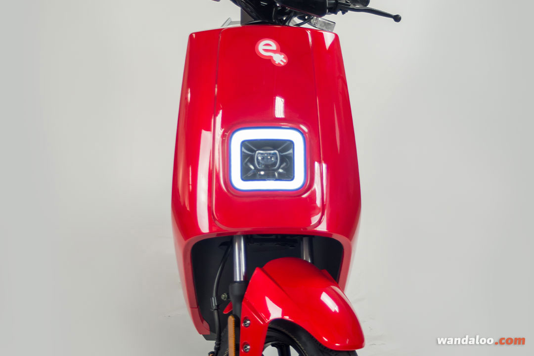 https://moto.wandaloo.com/files/Moto-Neuve/e-moto/E-MOTO-LVNENG-S5-Neuve-Maroc-03.jpg