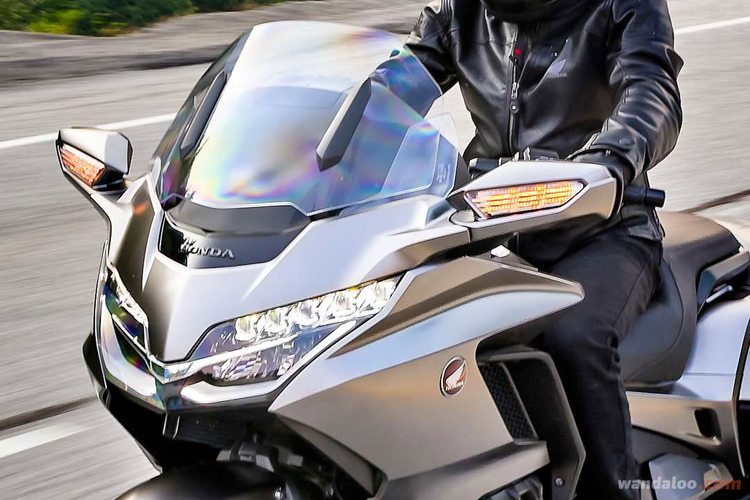https://moto.wandaloo.com/files/Moto-Neuve/honda/Honda-Goldwing-1800-Neuve-Maroc-03.jpg