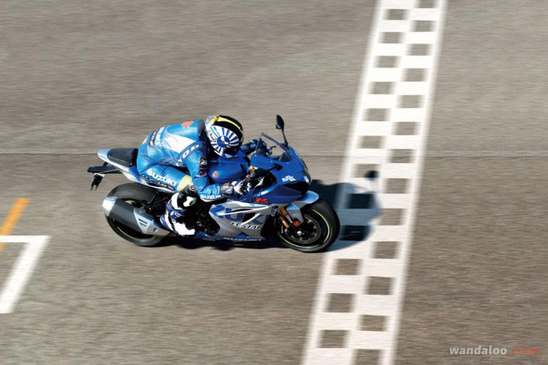 https://moto.wandaloo.com/files/Moto-Neuve/suzuki/SUZUKI-GSX-Neuve-Maroc-11.jpg