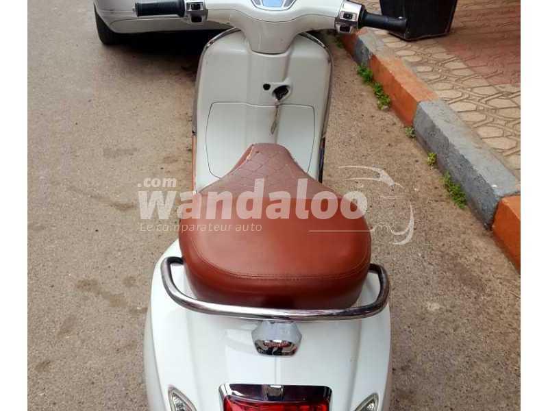 https://moto.wandaloo.com/files/Moto-Occasion/2021/04/608798907205c.jpeg